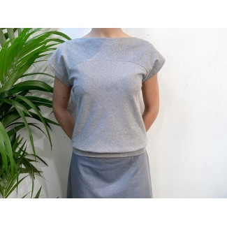 Top plume navy striped